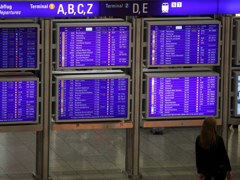 Zwei türkische Generäle bitten am Frankfurter Flughafen um Asyl