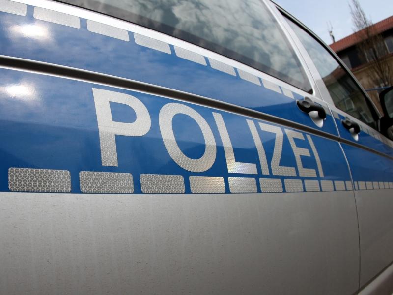 Berlin-Friedrichshain: Spaziergänger finden sterbenden Mann im Volkspark