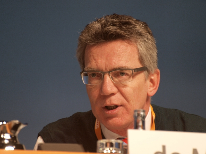 De Maizière: BVB-Täter wollte Terror vortäuschen -