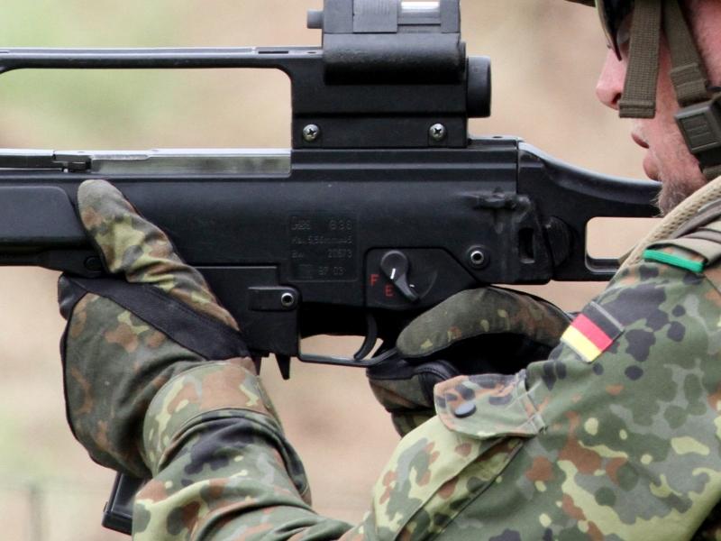 Merkel gegen Wiedereinführung der Wehrpflicht