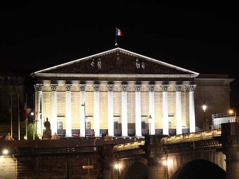 Politischer Neustart nach Macron-Sieg in Frankreich
