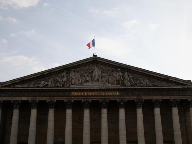 Schwächere Wahlbeteiligung bei Parlamentswahl in Frankreich