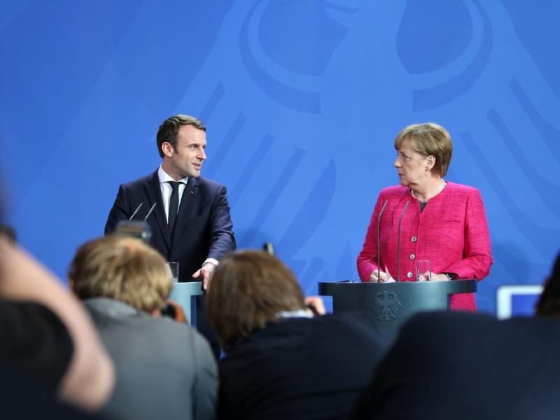 Macron triumphiert bei erster Runde der Parlamentswahl
