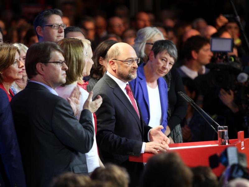 SPD verliert weiter an Zustimmung, Union stabil