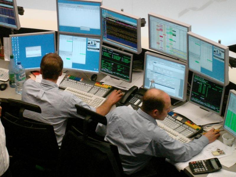 Aktien Frankfurt: Sorgen über einen Handelskrieg drücken Dax unter 12 000 Punkte