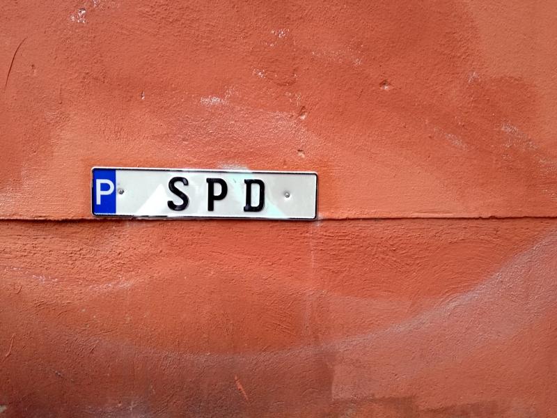 Union mittlerweile zwölf Prozentpunkte vor der SPD