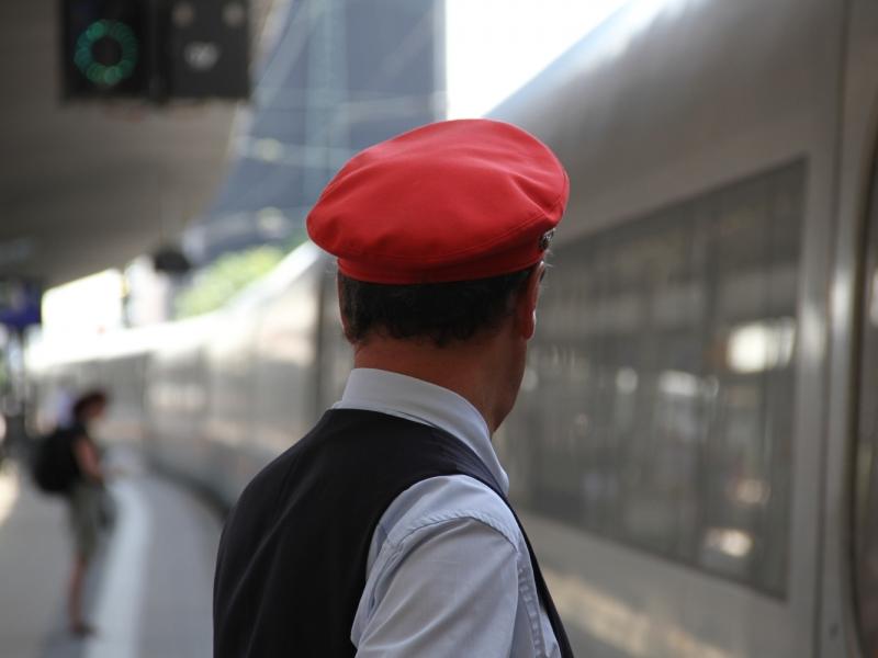 #Wirtschaft Deutsche Bahn will künftig weniger Tickets kontrollieren