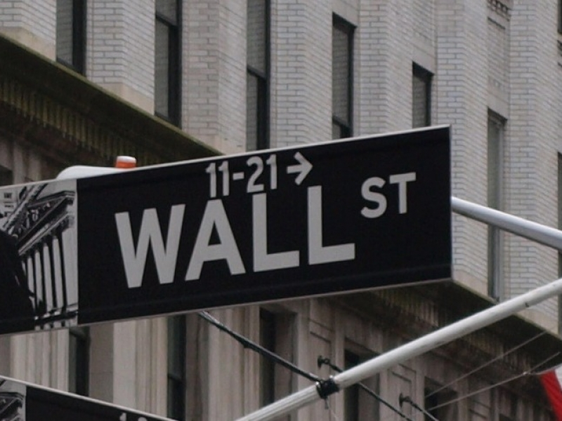 Dow-Jones-Index schließt über 21.500 Punkten
